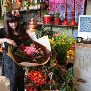 Brisbane Flower Delivery on We Deliver Daily To Metropolitan And Outer Brisbane Suburbs  Click